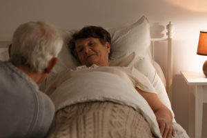 Hospice Care in Dunwoody GA: What Is Your Senior Likely to Experience Near Her Passing?